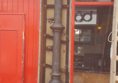 Ryans Pub Restoration of cast iron columns